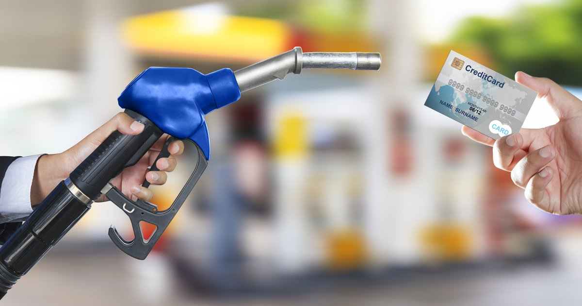 The benefits of fuel cards for truck drivers